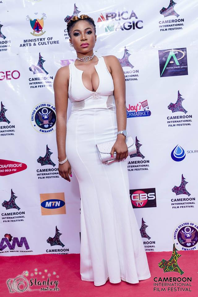 Soli Egbe flashes boobs at CAMIFF