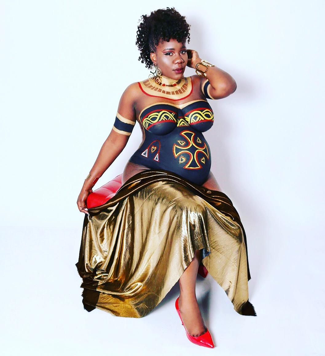 Naomi Achu flaunts baby bump
