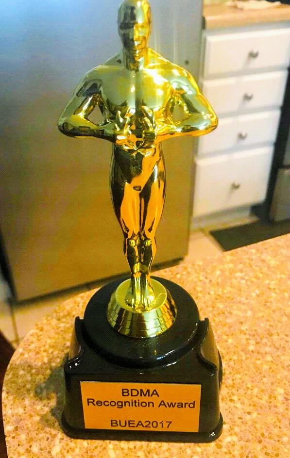 bonteh digital media awards trophy
